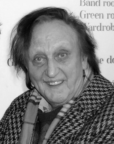 Picture of Ken Dodd. Ken Dodd at the stage door of The Royal Centre in Nottingham after his performance in the 'Ken Dodd Christmas Happiness Show' on 27th December 2007. The image was taken by Ian Brown LRPS at 01.30 on 28th December 2007