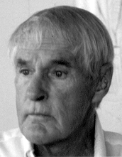 Picture of Timothy Leary. This file is licensed under the Creative Commons Attribution-Share Alike 2.5 Generic license.
