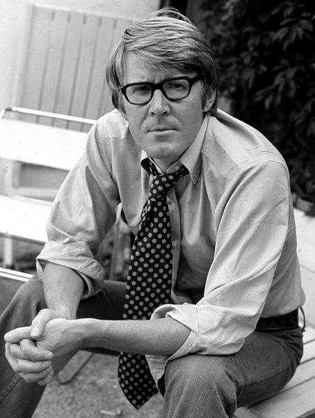 Picture of Alan Bennett.