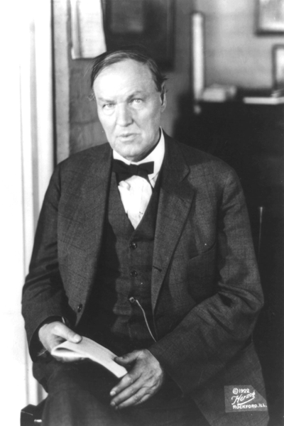 Picture of Clarence Darrow. Clarence Darrow in 1922. Photo by Herzog in Rockford, Illinois.