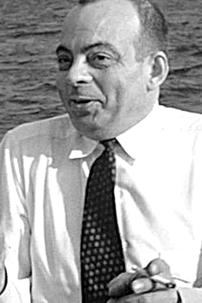 Picture of Antoine de Saint-Exupéry. This Canadian work is in the public domain in Canada because its copyright has expired due to one of the following: (1) it is a photograph that was created prior to January 1, 1949, or (2) the creator died more than 50 years ago.
